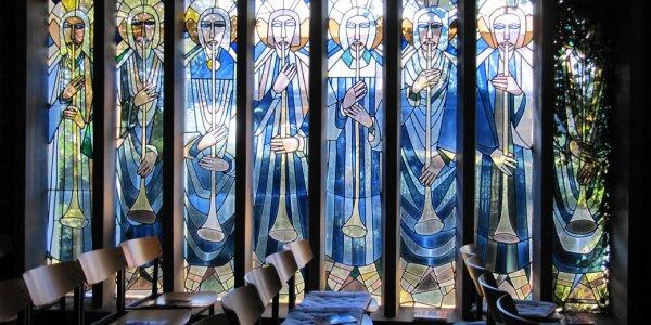 Musizierende Engel (Glasfenster)